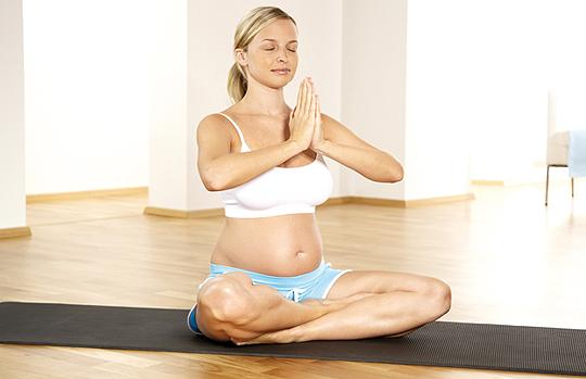 Diese Sportart solltest du als Schwangere unbedingt vermeiden!