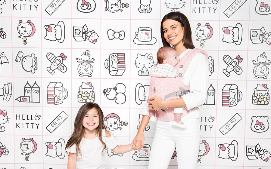 +beendet+Gewinnt 1×1 Babytrage von Ergobaby Omni 360 im Hello Kitty Design in Rosa