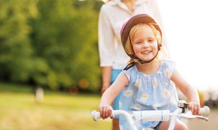 So stärkst du das Selbstbewusstsein deines Kindes