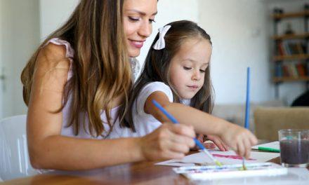 Studie zum Muttertag: So viel würdet ihr verdienen.